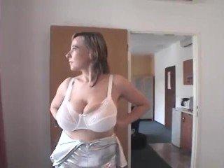 free saggy boob pic